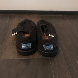 Toddler TOMS Black Size 7